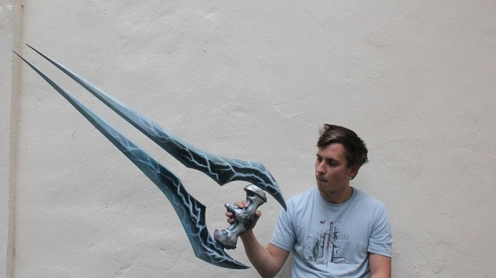 Halo Energy 3D printed video game sword