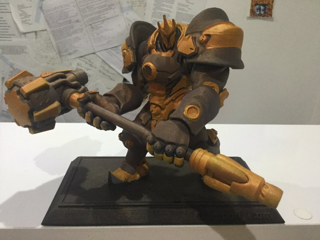 3D printed overwatch Reinhardt and painted