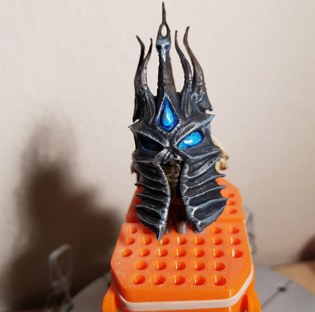 Lich King Miniature head Painting