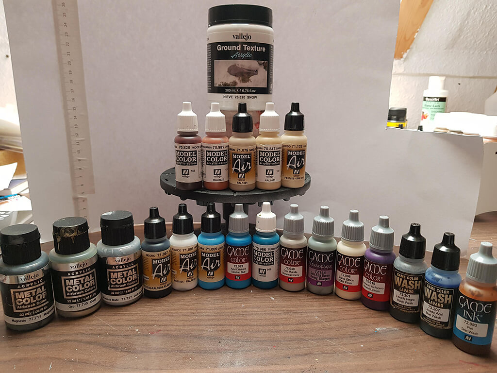 Paint brands for Lich King Miniature Painting