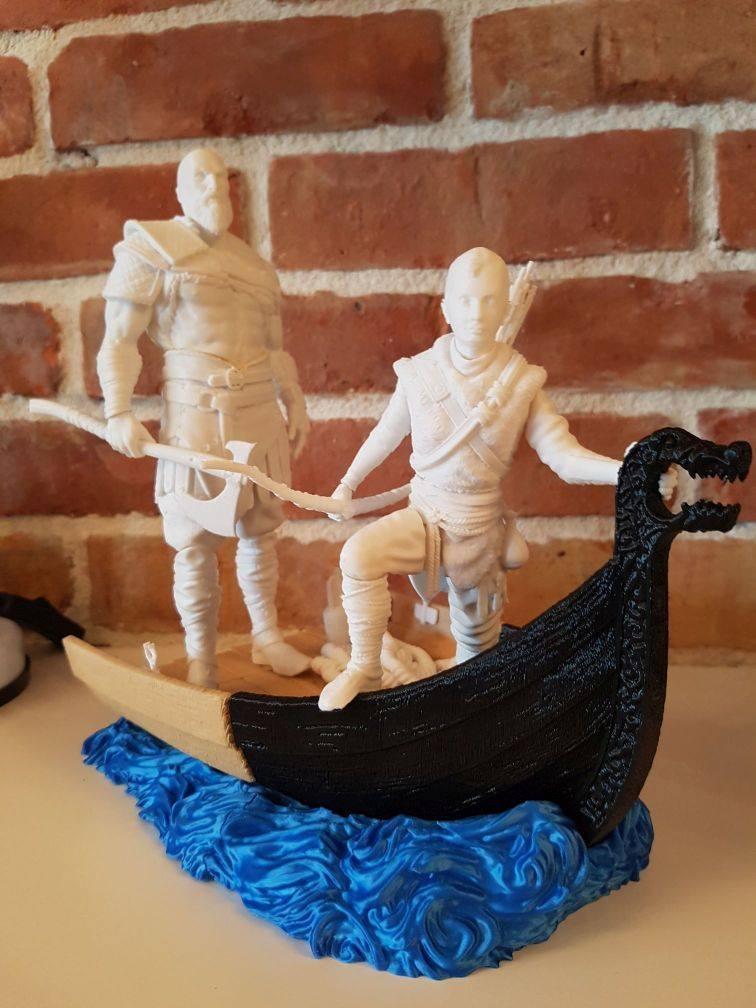 Old Kratos 3D Printing Figurine Photo 2