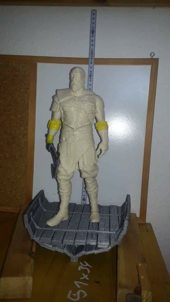 Old Kratos 3D Printing Figurine Photo 8