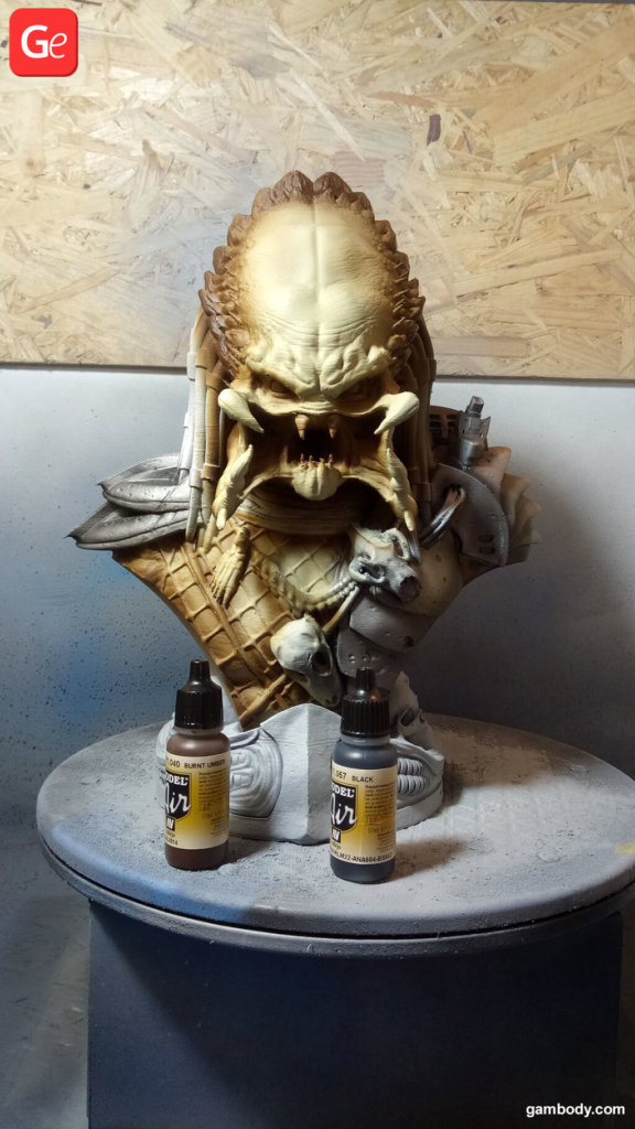 Predator Bust painting 3D prints