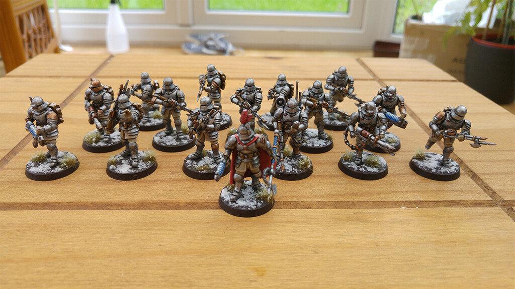 Army figurines for Warhammer 40K wargame