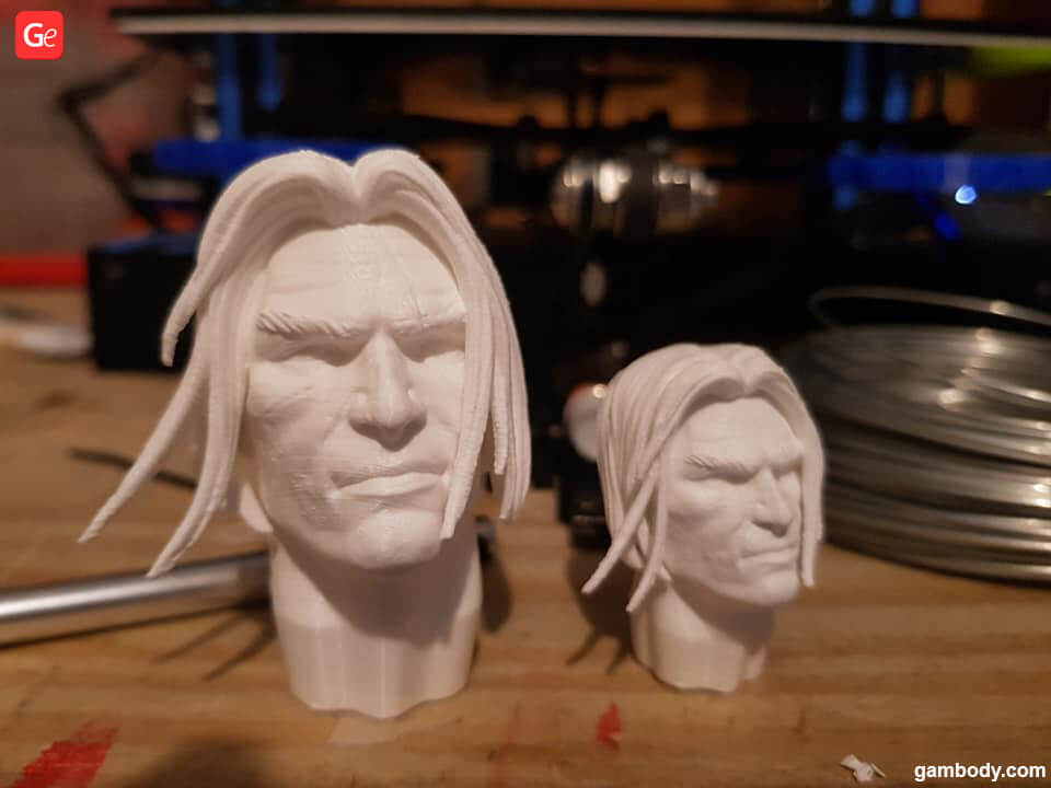 Varian Wrynn head 3D printed at 100% and 150% scale