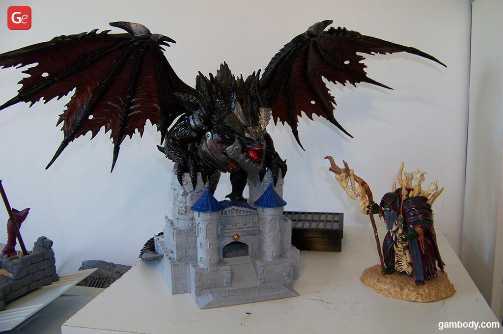 WoW Deathwing 3D print and Gul'dan figurine