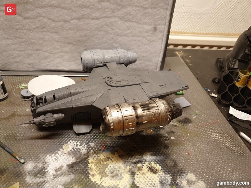 Painting Razor Crest 3D printed ship