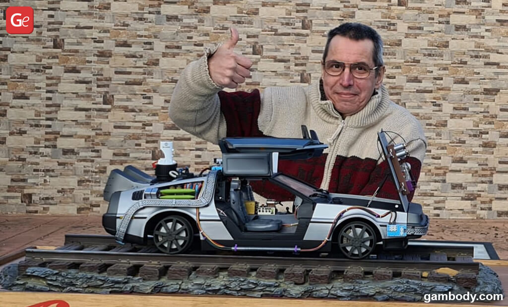 DeLorean time machine Christmas gift ideas
