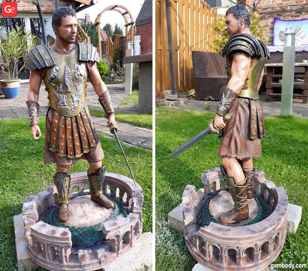 Maximus Gladiator statue