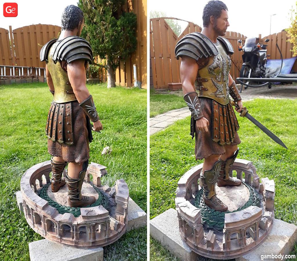 Maximus figurine