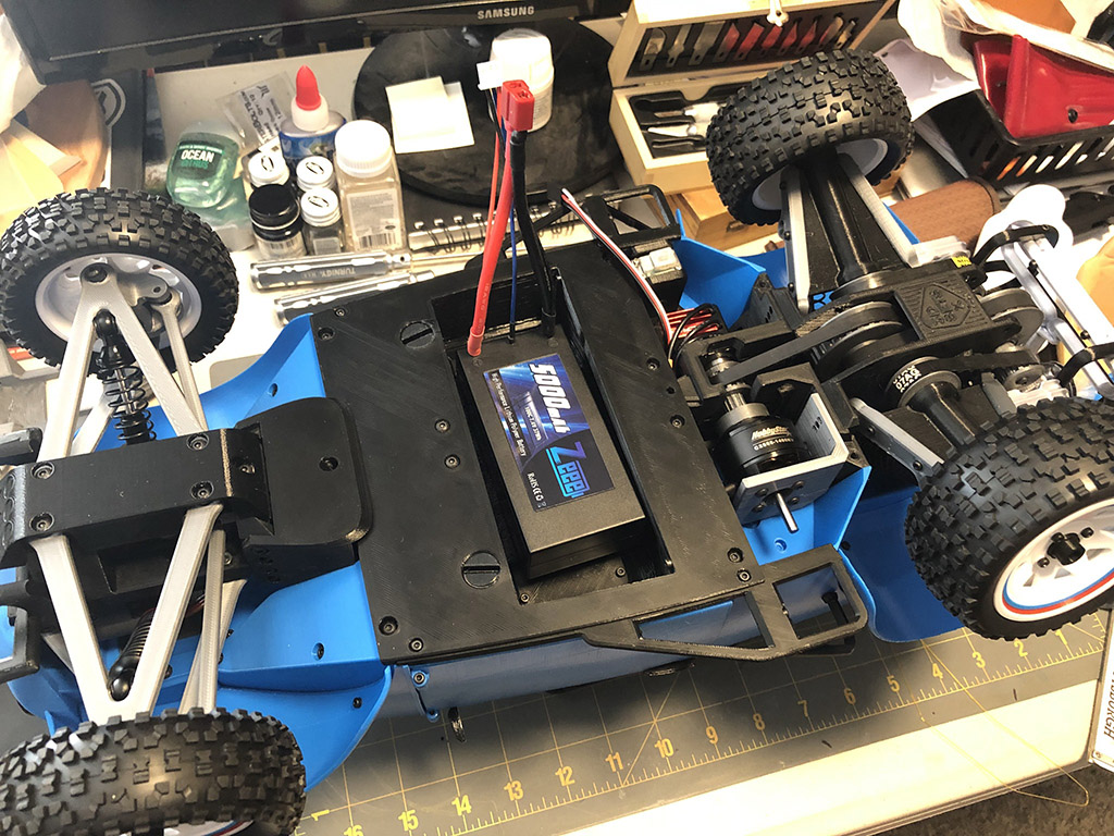Battery for 3D printed RC car