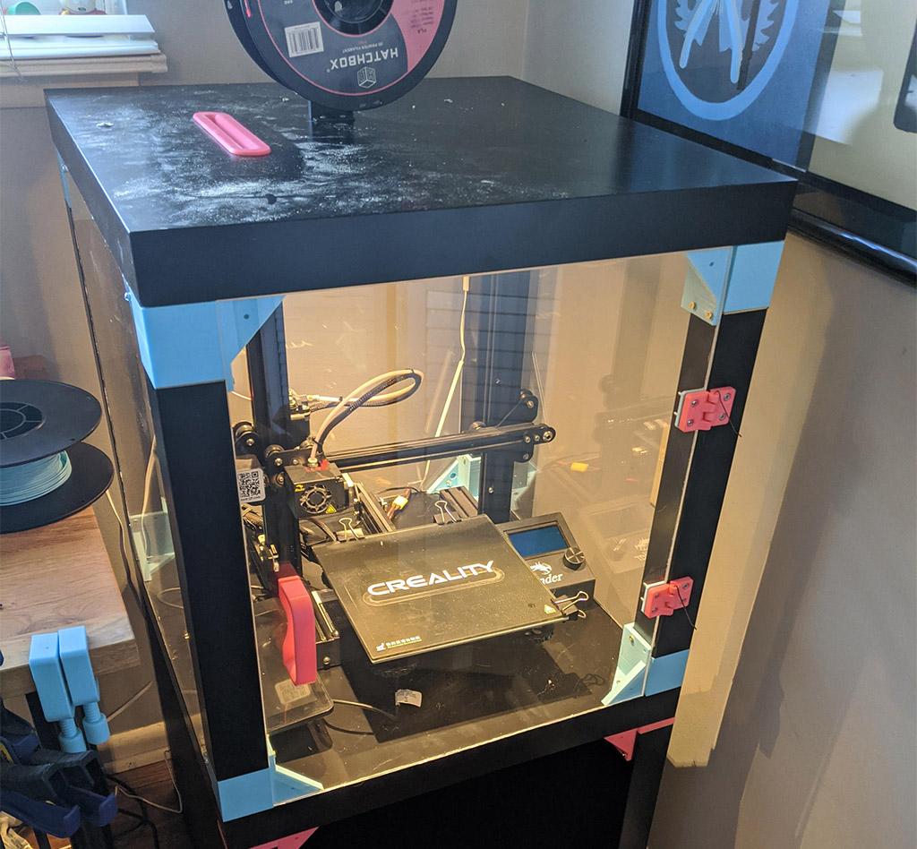 Enclosed 3D printer plexiglass